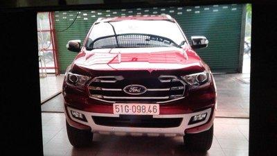 Cần bán lại xe Ford Everest năm 2018, màu đỏ, xe nhập chính hãng