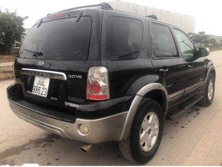 Cần bán xe Ford Escape XLT AT đời 2006, màu đen còn mới giá cạnh tranh