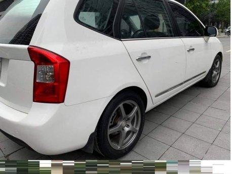 Cần bán xe Kia Carens 2.0AT đời 2010, giá tốt, chính chủ sử dụng còn mới