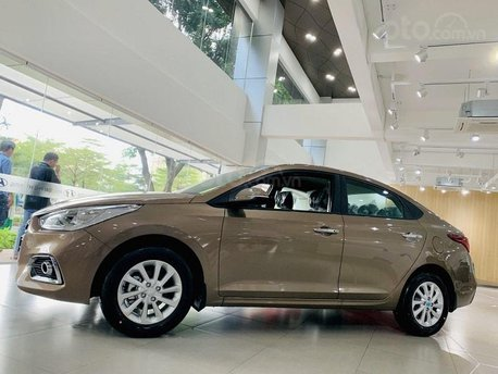 Bán xe Hyundai Accent 1.4MT bản taxi trả góp