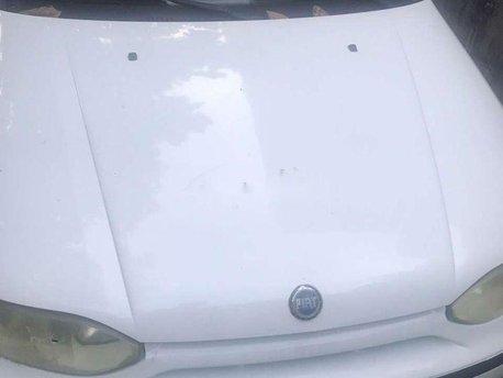 Bán Fiat Siena năm 2003, màu trắng chính chủ, giá tốt