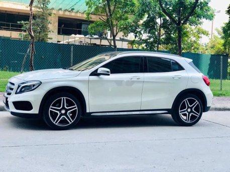 Bán ô tô Mercedes GLA 250 năm 2016, màu trắng, xe nhập