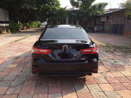 Bán Toyota Camry 2020, màu đen, xe nhập
