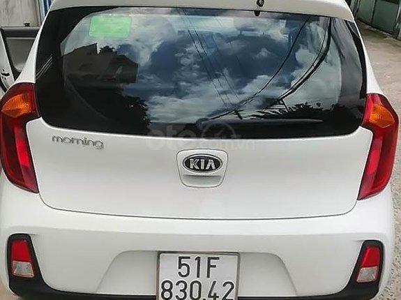 Cần bán xe Kia Morning đời 2016 màu trắng, xe đẹp
