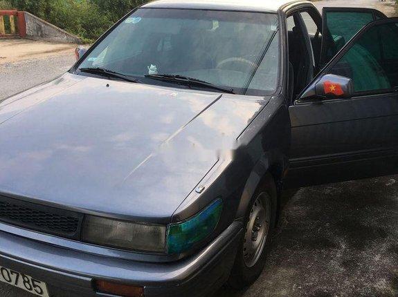 Bán Nissan Bluebird đời 1993, màu xám, nhập khẩu