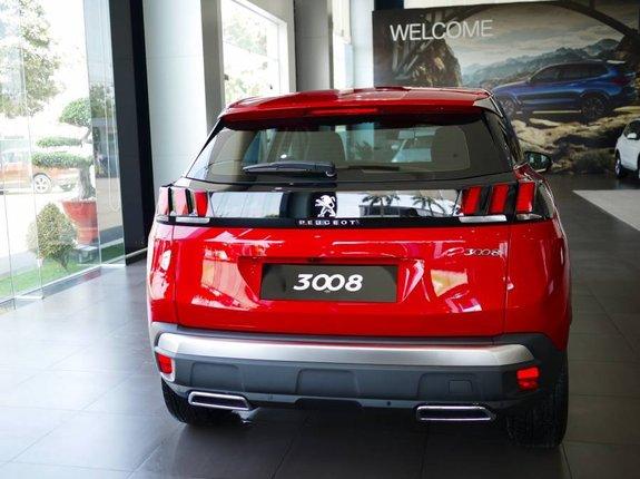 Cần bán Peugeot 3008 AT đời 2020, màu đỏ, giá 979tr