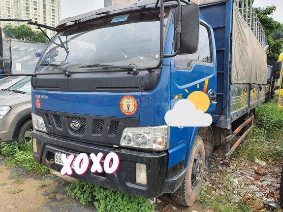 Ngân hàng bán đấu giá xe tải mui bạt Veam VT750