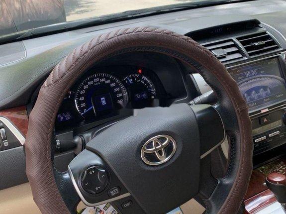 Bán xe Toyota Camry G năm 2014, màu đen