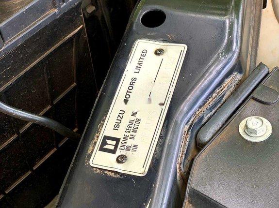 Bán xe Isuzu Dmax đời 2010, màu đen, xe nhập