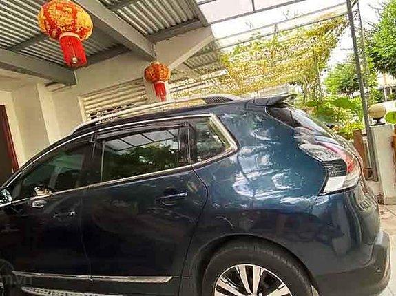 Cần bán Peugeot 3008 2017, màu xanh lam chính chủ