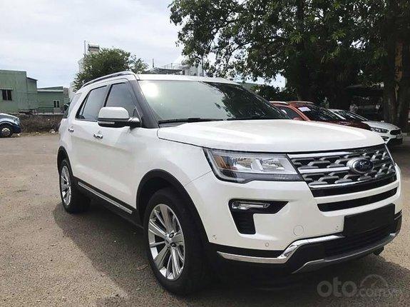 Bán ô tô Ford Explorer Limited năm sản xuất 2021, màu trắng, nhập khẩu nguyên chiếc