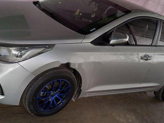 Cần bán Hyundai Accent sản xuất 2018 còn mới, 405 triệu