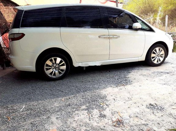 Bán Luxgen M7 năm 2010, màu trắng, xe nhập còn mới