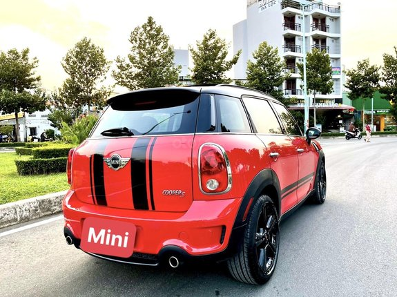 Thông tin mô tả: Mini Cooper Countryman 2012, gầm cao 5 cửa, full option, vô lăng tích hợp phím điều khiển âm thanh, đầu DVD