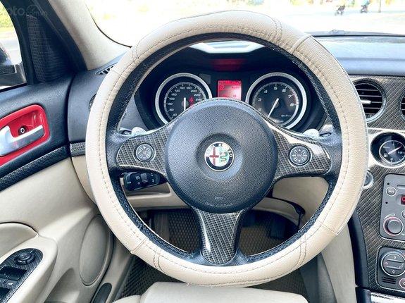 Thông tin mô tả Alfa Romeo nhập Ý 2010, loại Limited, hãng siêu xe