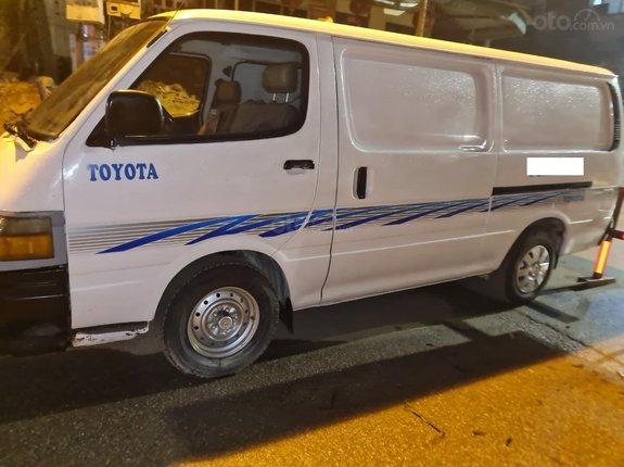 Cần bán gấp Toyota Van 6 chỗ 2000, xe mới đẹp giá chỉ 58 triệu