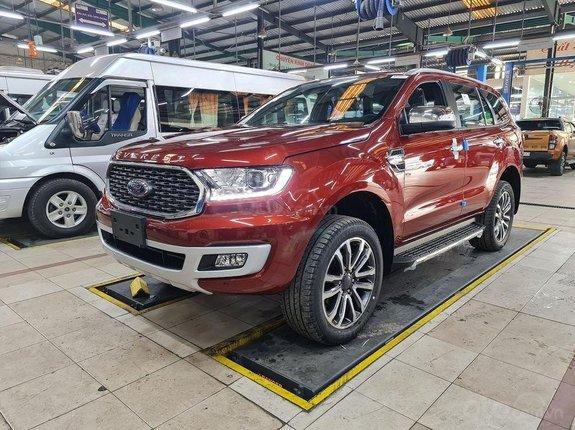 Ford Cao Bằng bán Ford Everest bản full 2 cầu, giá không đâu rẻ bằng