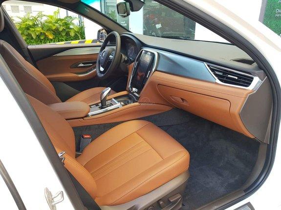 Bán xe VinFast Lux A 2.0 ưu đãi hơn 300tr trừ thẳng vào giá xe, thuế 0đ, hỗ trợ vay 85%, đủ màu sẵn xe, giao ngay