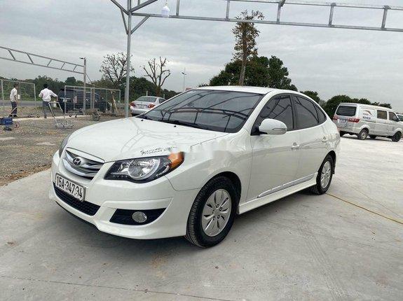 Cần bán xe Hyundai Avante năm sản xuất 2016 còn mới