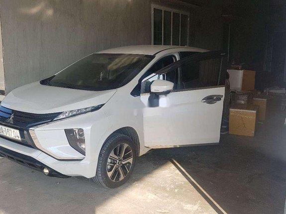 Bán Mitsubishi Xpander đời 2020, màu trắng, nhập khẩu nguyên chiếc xe gia đình