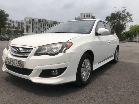 Bán xe Hyundai Avante đời 2012, màu trắng, xe nhập, giá tốt