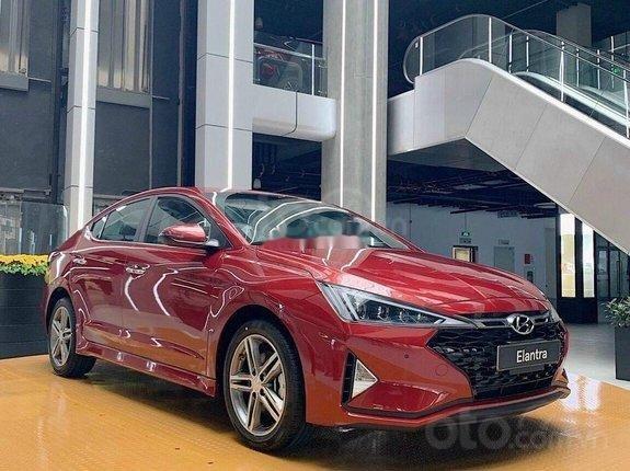 Hyundai Elantra 2021 giảm giá 30 triệu và bộ phụ kiện chính hãng, xe đủ màu giao ngay, vay ngân hàng lãi suất ưu đãi