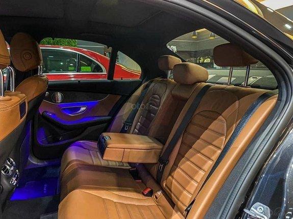 [Mercedes Trường Chinh] C300 AMG 2021 hot nhất phân khúc - đủ màu giao ngay - bank hỗ trợ tới 80%