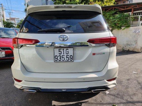 Bán Toyota Fortuner 2.7V đời 2019, zin nguyên 100%, siêu lướt