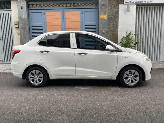 Bán xe Hyundai Grand i10 1.2 MT năm sản xuất 2018, màu trắng còn mới