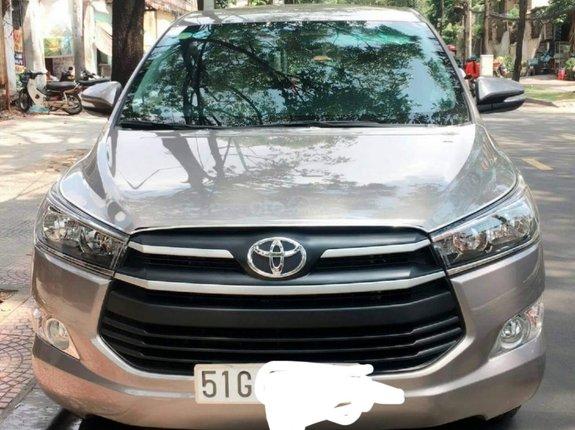 Cần bán xe Toyota Innova sản xuất năm 2017