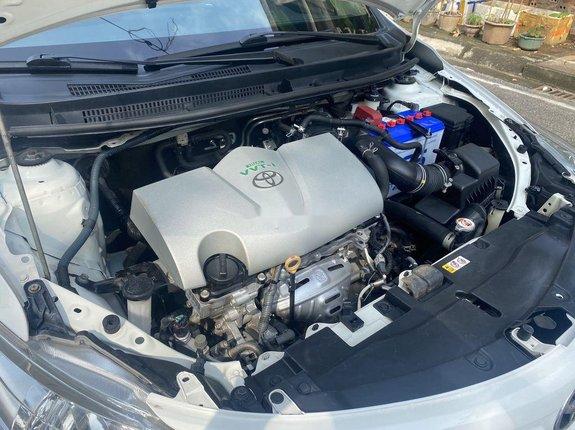 Cần bán xe Toyota Vios 1.5E sản xuất 2016, màu trắng số tự động, giá chỉ 418 triệu