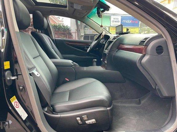 Cần bán gấp Lexus LS 460L năm sản xuất 2006, xe nhập còn mới giá cạnh tranh