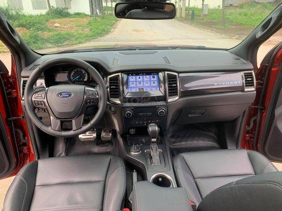 Cần bán Ford Everest Biturbo 4WD năm 2019, màu đỏ