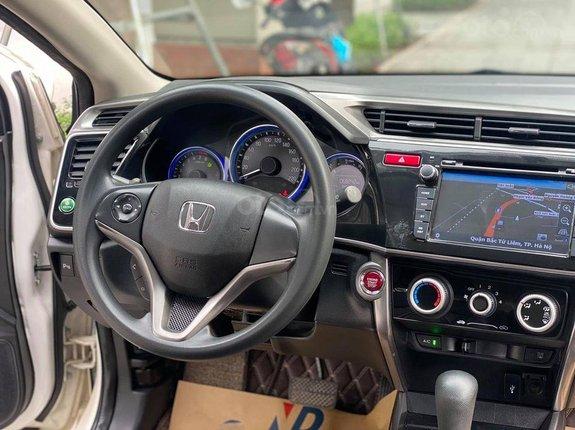 Bán xe Honda City 1.5AT đời 2017, màu trắng