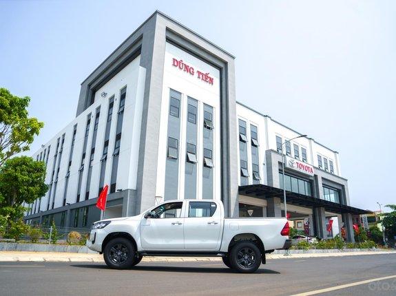 Toyota Hilux 2021, giá chỉ 674 triệu, ưu đãi khủng chào hè