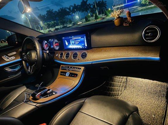 Bán Mercedes-Benz E200 sản xuất 2019