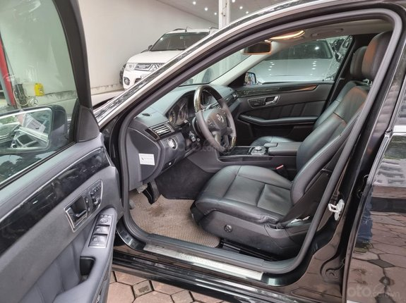 Bán ô tô Mercedes E 250 năm sản xuất 2011