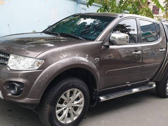 Cần bán lại xe Mitsubishi Triton 2014, màu nâu, nhập khẩu
