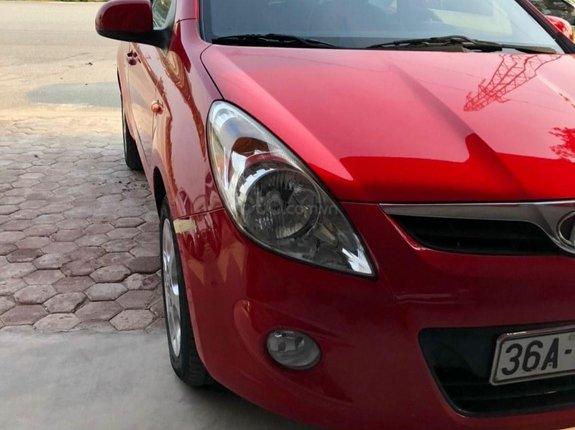 Bán ô tô Hyundai i20 sản xuất năm 2012, màu đỏ