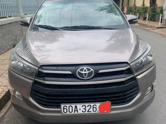Bán ô tô Toyota Innova E đời 2017 còn mới, giá chỉ 530 triệu