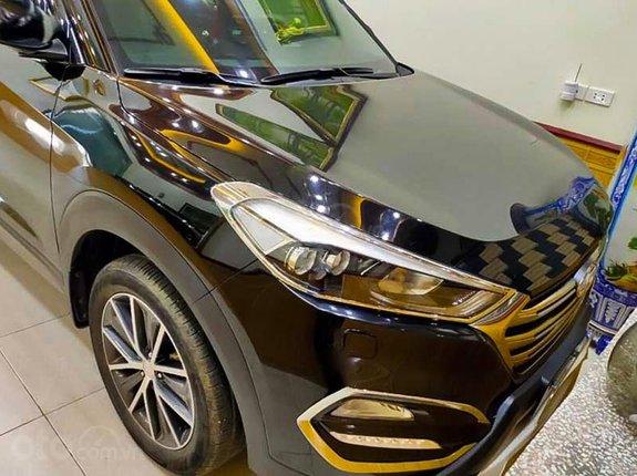 Xe Hyundai Tucson 2.0 năm 2016, màu đen, nhập khẩu còn mới