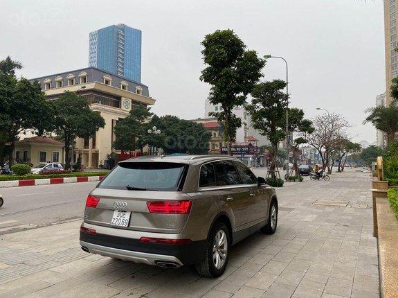 Bán Audi Q7 đời 2017, màu nâu, xe nhập