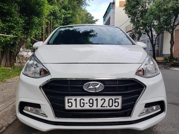 Cần bán xe Hyundai Grand i10 1.2L sản xuất 2019 auto, bản full, gia đình sử dụng mới 99%