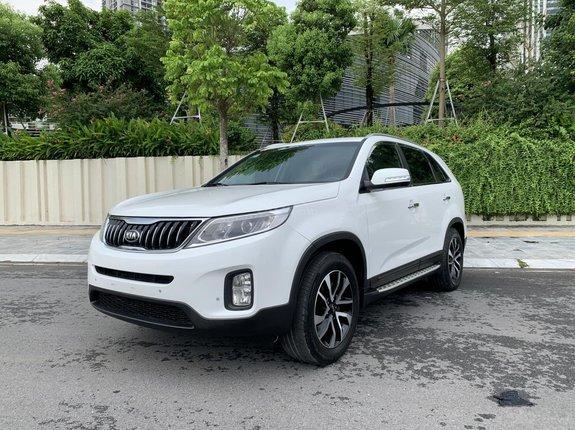 Bán Kia Sorento 2.4 GAT 2019 - màu trắng