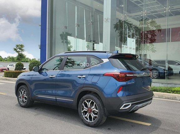 Cần bán Kia Seltos 1.4 Turbo Premium năm 2021, màu xanh lam, 739tr