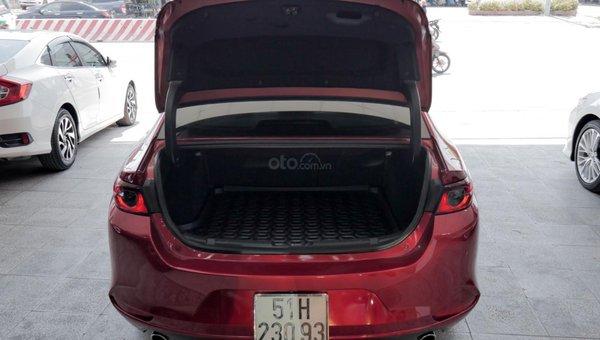 XE NGON GIÁ TỐT | Xe sedan lướt MAZDA 3 với ODO 12.000 km có giá chỉ hơn 600 triệu đồng.3