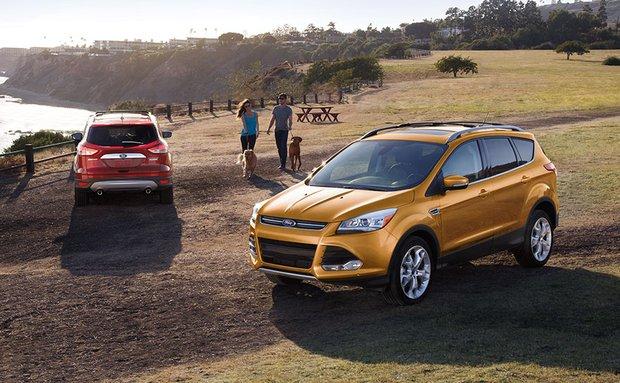 Đánh giá xe Ford Escape 2016 về thiết kế nội ngoại thất, động cơ