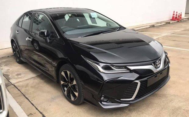 Lộ thông tin Corolla Altis 2020 sắp ra mắt, Toyota Việt Nam nói gì về điều này?