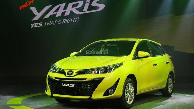 Đánh giá xe Toyota Yaris 2018
