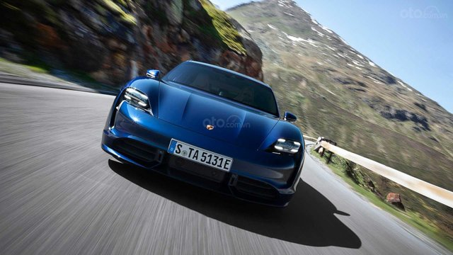 Đánh giá xe Porsche Taycan 2020